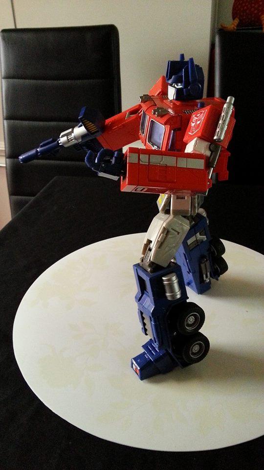 Collection Transformers de sylv1  (AOE, CHUG, TF PRIME, BH, MP, LABELS INDÉS ET G1.. ) Img_1737