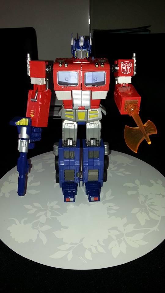 Collection Transformers de sylv1  (AOE, CHUG, TF PRIME, BH, MP, LABELS INDÉS ET G1.. ) Img_1741