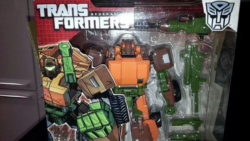 Collection Transformers de sylv1  (AOE, CHUG, TF PRIME, BH, MP, LABELS INDÉS ET G1.. ) Img_1748