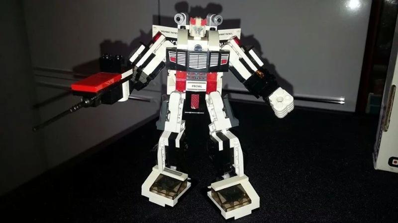 Collection Transformers de sylv1  (AOE, CHUG, TF PRIME, BH, MP, LABELS INDÉS ET G1.. ) Img_1756
