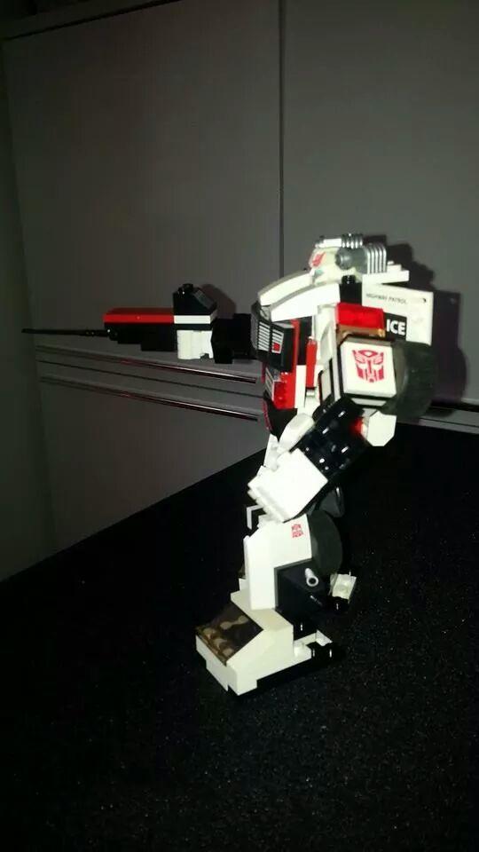 Collection Transformers de sylv1  (AOE, CHUG, TF PRIME, BH, MP, LABELS INDÉS ET G1.. ) Img_1757