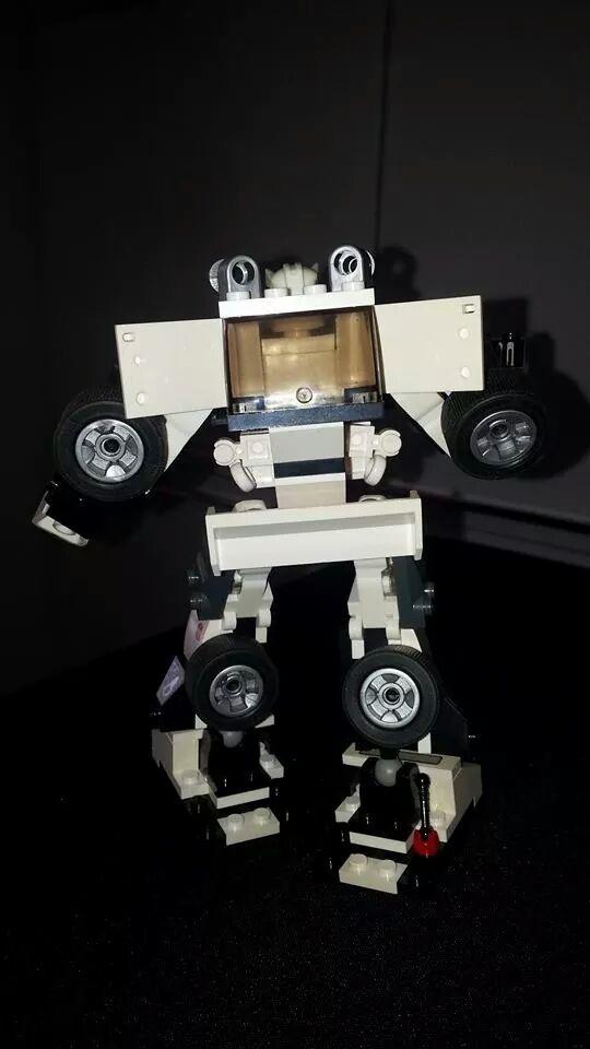 Collection Transformers de sylv1  (AOE, CHUG, TF PRIME, BH, MP, LABELS INDÉS ET G1.. ) Img_1758