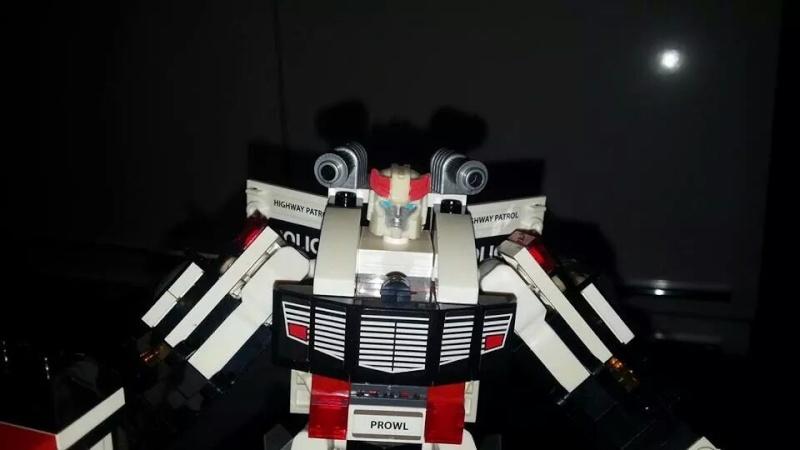 Collection Transformers de sylv1  (AOE, CHUG, TF PRIME, BH, MP, LABELS INDÉS ET G1.. ) Img_1759