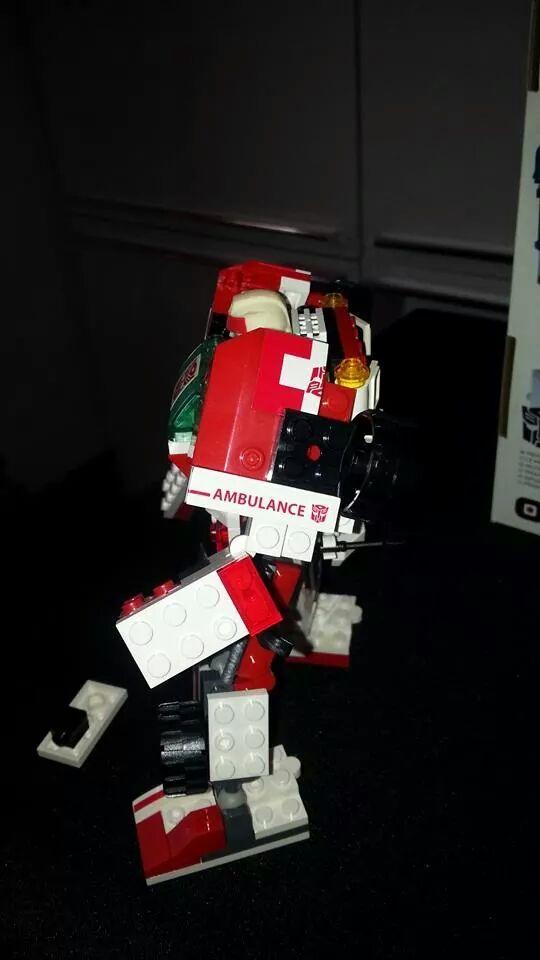 Collection Transformers de sylv1  (AOE, CHUG, TF PRIME, BH, MP, LABELS INDÉS ET G1.. ) Img_1763