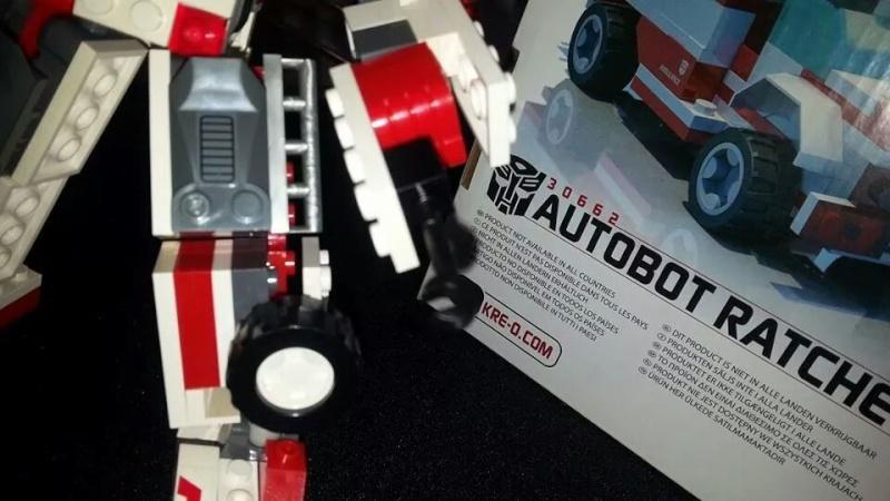 Collection Transformers de sylv1  (AOE, CHUG, TF PRIME, BH, MP, LABELS INDÉS ET G1.. ) Img_1768