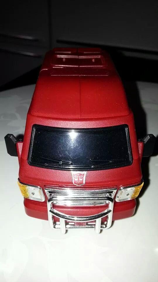Collection Transformers de sylv1  (AOE, CHUG, TF PRIME, BH, MP, LABELS INDÉS ET G1.. ) Img_1820