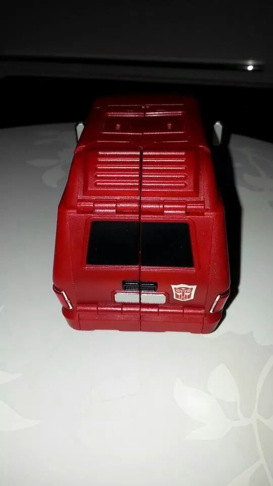 Collection Transformers de sylv1  (AOE, CHUG, TF PRIME, BH, MP, LABELS INDÉS ET G1.. ) Img_1823