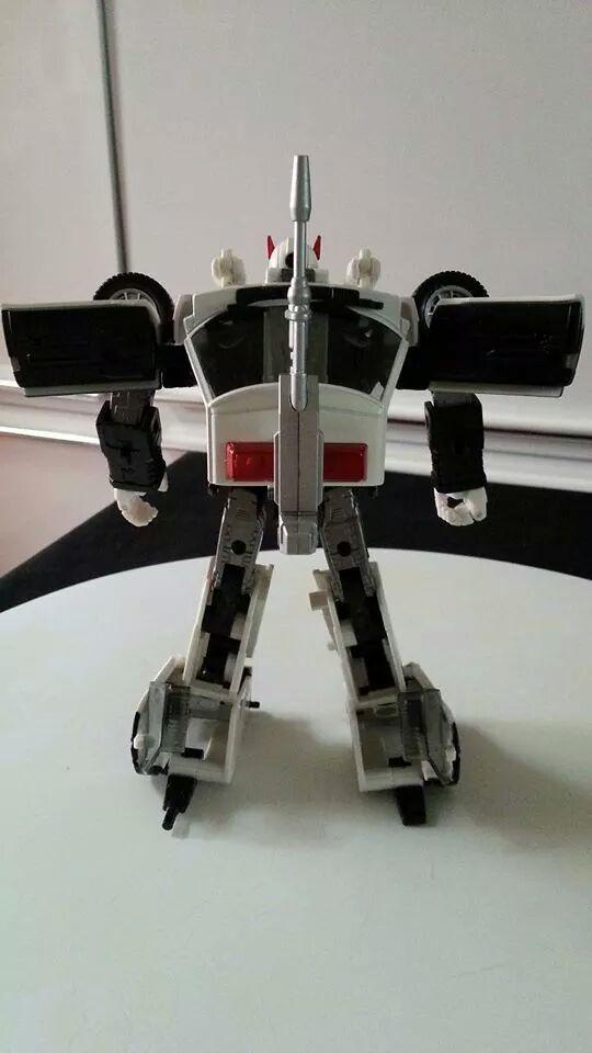 Collection Transformers de sylv1  (AOE, CHUG, TF PRIME, BH, MP, LABELS INDÉS ET G1.. ) Img_1838
