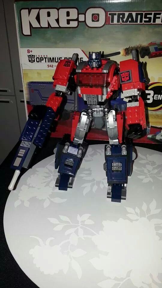 Collection Transformers de sylv1  (AOE, CHUG, TF PRIME, BH, MP, LABELS INDÉS ET G1.. ) Img_1841