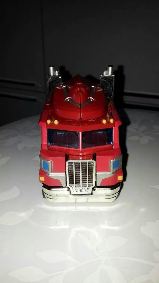 Collection Transformers de sylv1  (AOE, CHUG, TF PRIME, BH, MP, LABELS INDÉS ET G1.. ) Img_1845