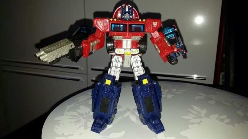 Collection Transformers de sylv1  (AOE, CHUG, TF PRIME, BH, MP, LABELS INDÉS ET G1.. ) Img_1849