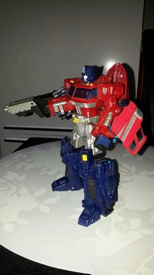 Collection Transformers de sylv1  (AOE, CHUG, TF PRIME, BH, MP, LABELS INDÉS ET G1.. ) Img_1851