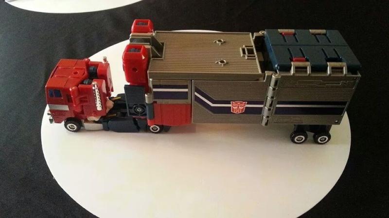 Collection Transformers de sylv1  (AOE, CHUG, TF PRIME, BH, MP, LABELS INDÉS ET G1.. ) Img_1911