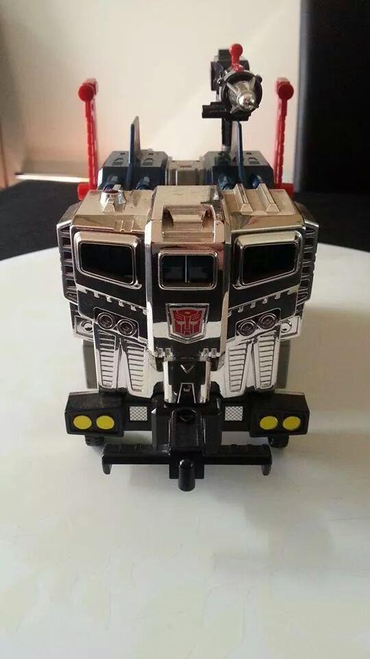 Collection Transformers de sylv1  (AOE, CHUG, TF PRIME, BH, MP, LABELS INDÉS ET G1.. ) Img_1913