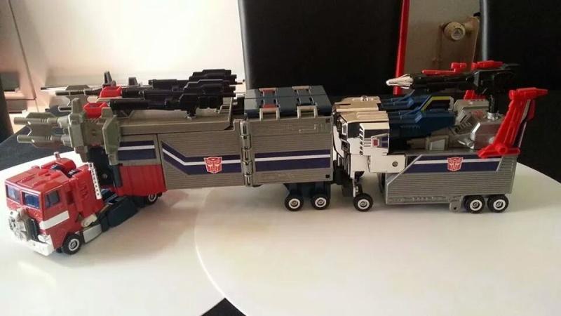 Collection Transformers de sylv1  (AOE, CHUG, TF PRIME, BH, MP, LABELS INDÉS ET G1.. ) Img_1916