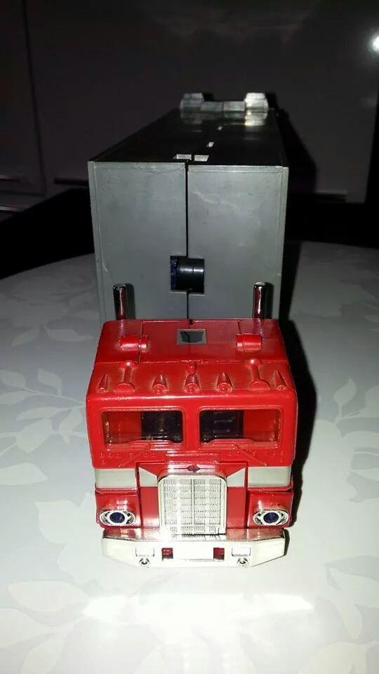 Collection Transformers de sylv1  (AOE, CHUG, TF PRIME, BH, MP, LABELS INDÉS ET G1.. ) Img_1924