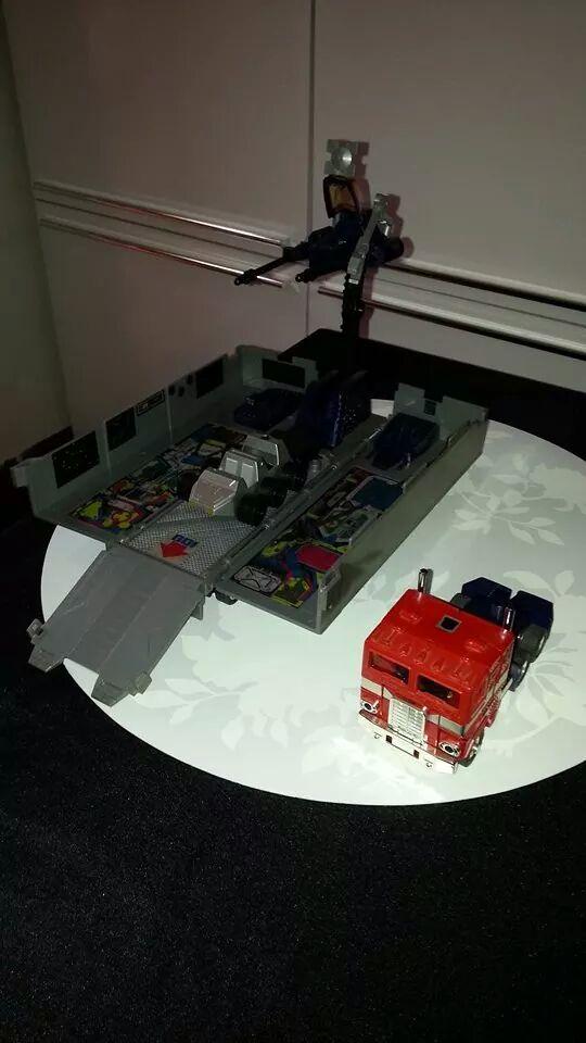 Collection Transformers de sylv1  (AOE, CHUG, TF PRIME, BH, MP, LABELS INDÉS ET G1.. ) Img_1928