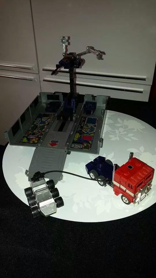 Collection Transformers de sylv1  (AOE, CHUG, TF PRIME, BH, MP, LABELS INDÉS ET G1.. ) Img_1929