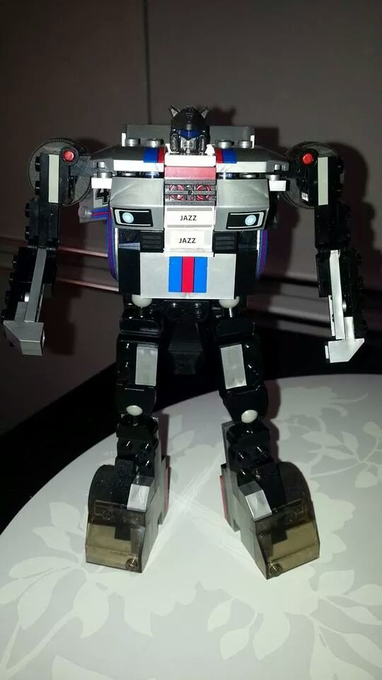 Collection Transformers de sylv1  (AOE, CHUG, TF PRIME, BH, MP, LABELS INDÉS ET G1.. ) Img_2113