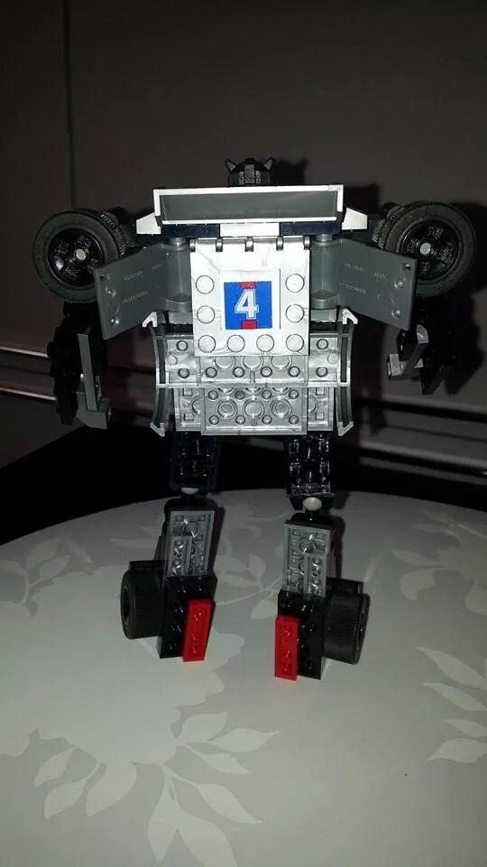 Collection Transformers de sylv1  (AOE, CHUG, TF PRIME, BH, MP, LABELS INDÉS ET G1.. ) Img_2115