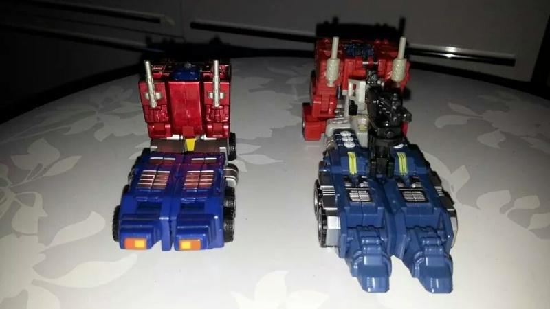 Collection Transformers de sylv1  (AOE, CHUG, TF PRIME, BH, MP, LABELS INDÉS ET G1.. ) Img_2122
