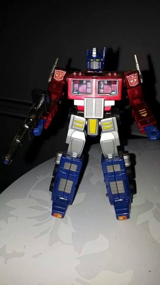 Collection Transformers de sylv1  (AOE, CHUG, TF PRIME, BH, MP, LABELS INDÉS ET G1.. ) Img_2123