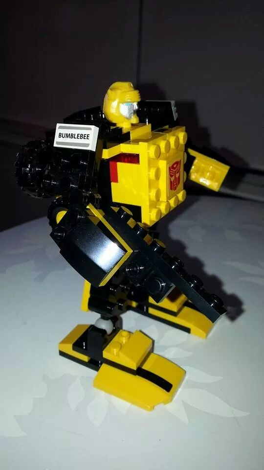 Collection Transformers de sylv1  (AOE, CHUG, TF PRIME, BH, MP, LABELS INDÉS ET G1.. ) Img_2129