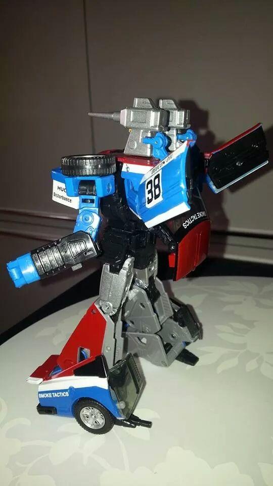 Collection Transformers de sylv1  (AOE, CHUG, TF PRIME, BH, MP, LABELS INDÉS ET G1.. ) Img_2141