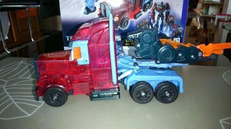 Collection Transformers de sylv1  (AOE, CHUG, TF PRIME, BH, MP, LABELS INDÉS ET G1.. ) Img_2218