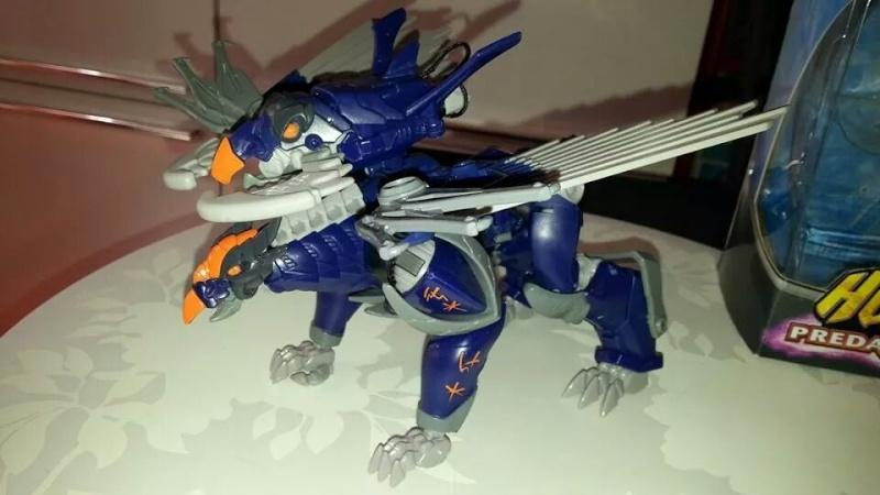 Collection Transformers de sylv1  (AOE, CHUG, TF PRIME, BH, MP, LABELS INDÉS ET G1.. ) Img_2225