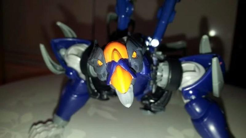 Collection Transformers de sylv1  (AOE, CHUG, TF PRIME, BH, MP, LABELS INDÉS ET G1.. ) Img_2230