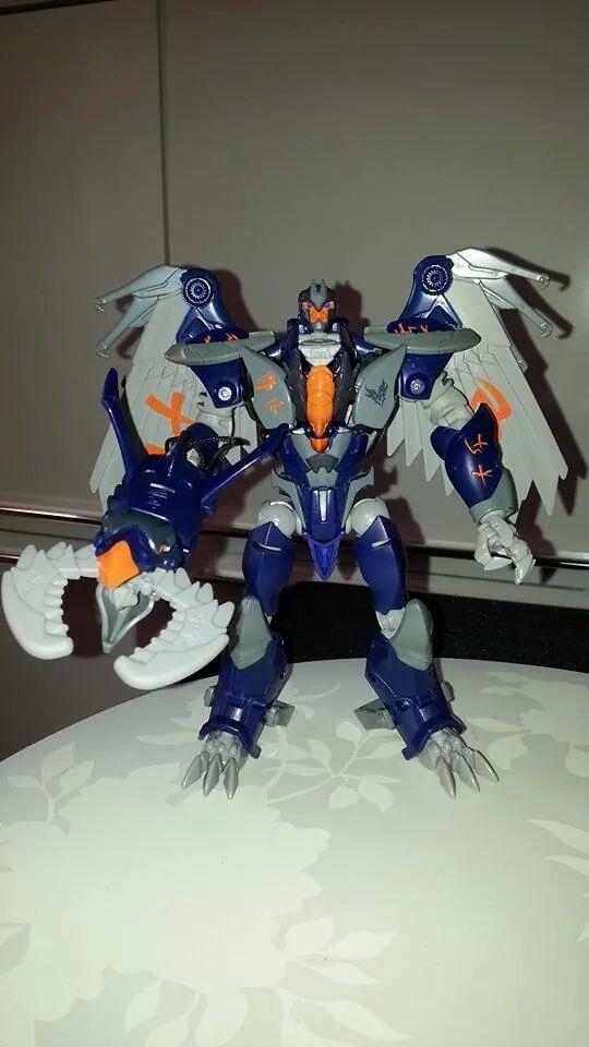 Collection Transformers de sylv1  (AOE, CHUG, TF PRIME, BH, MP, LABELS INDÉS ET G1.. ) Img_2232