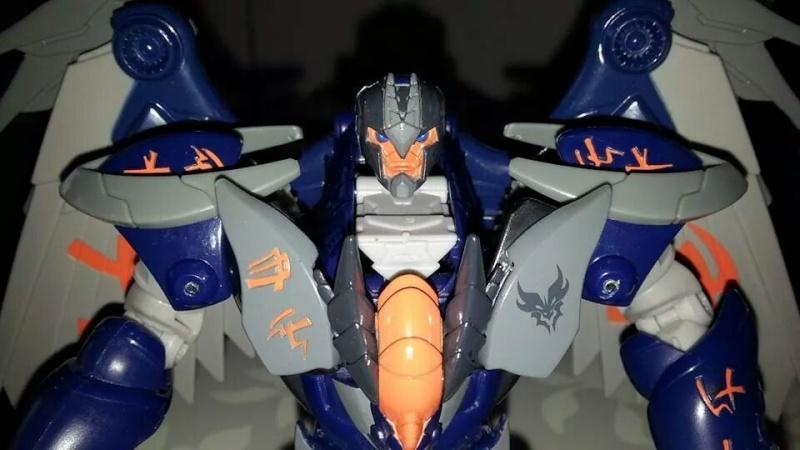 Collection Transformers de sylv1  (AOE, CHUG, TF PRIME, BH, MP, LABELS INDÉS ET G1.. ) Img_2236