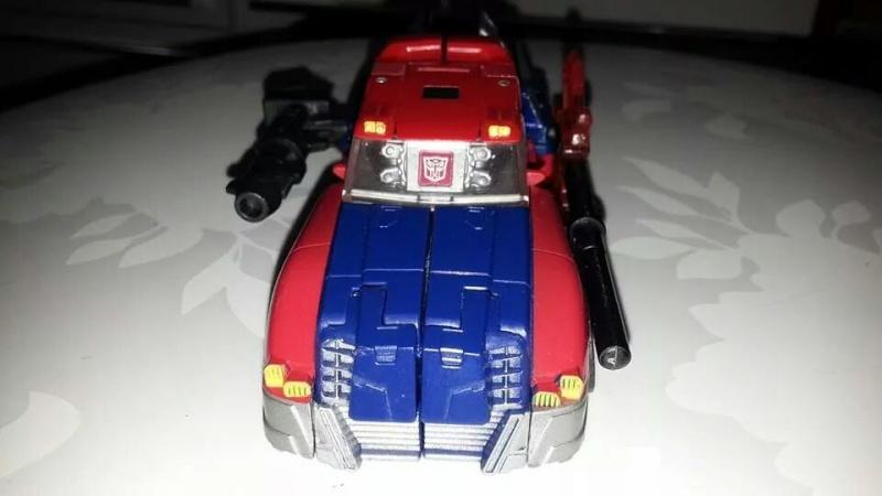 Collection Transformers de sylv1  (AOE, CHUG, TF PRIME, BH, MP, LABELS INDÉS ET G1.. ) Img_2710