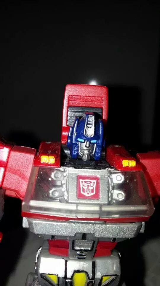 Collection Transformers de sylv1  (AOE, CHUG, TF PRIME, BH, MP, LABELS INDÉS ET G1.. ) Img_2720