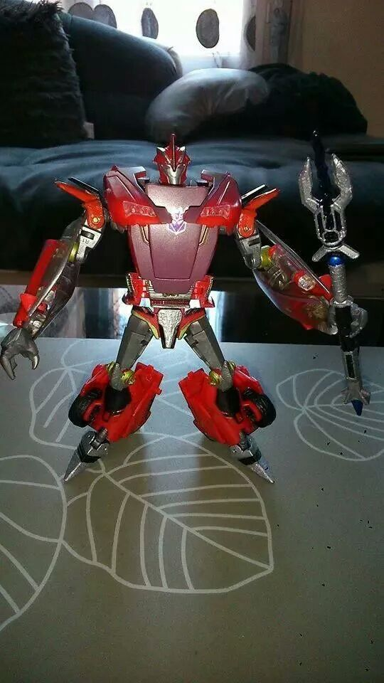 Collection Transformers de sylv1  (AOE, CHUG, TF PRIME, BH, MP, LABELS INDÉS ET G1.. ) Img_4017