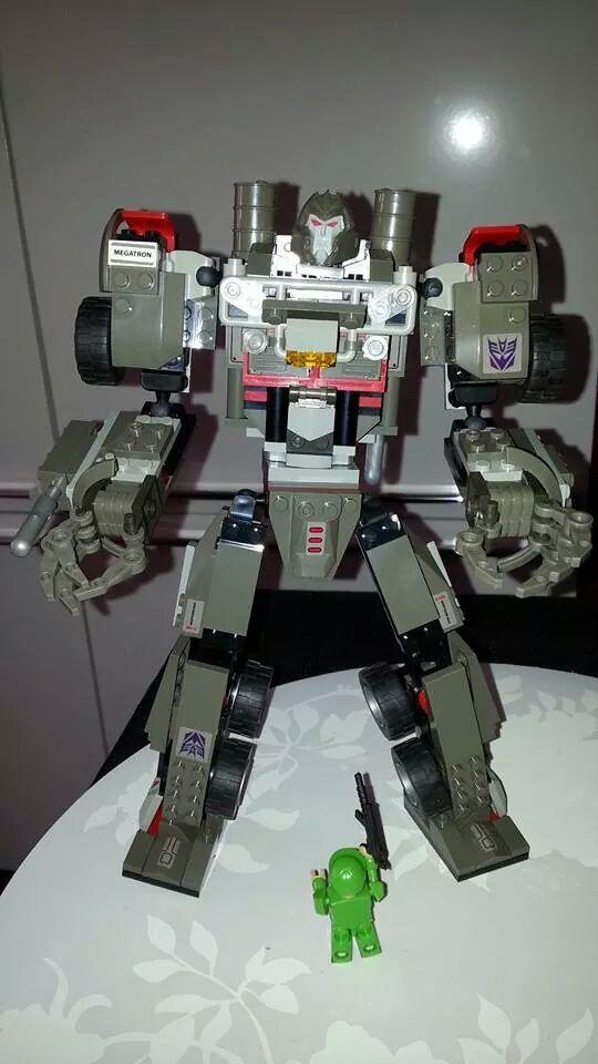 Collection Transformers de sylv1  (AOE, CHUG, TF PRIME, BH, MP, LABELS INDÉS ET G1.. ) Img_5212