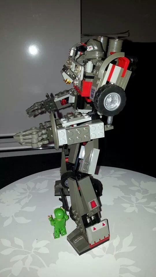 Collection Transformers de sylv1  (AOE, CHUG, TF PRIME, BH, MP, LABELS INDÉS ET G1.. ) Img_5213