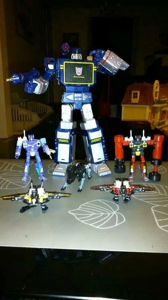 Collection Transformers de sylv1  (AOE, CHUG, TF PRIME, BH, MP, LABELS INDÉS ET G1.. ) Img_7511