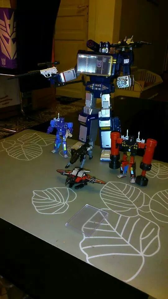 Collection Transformers de sylv1  (AOE, CHUG, TF PRIME, BH, MP, LABELS INDÉS ET G1.. ) Img_7512