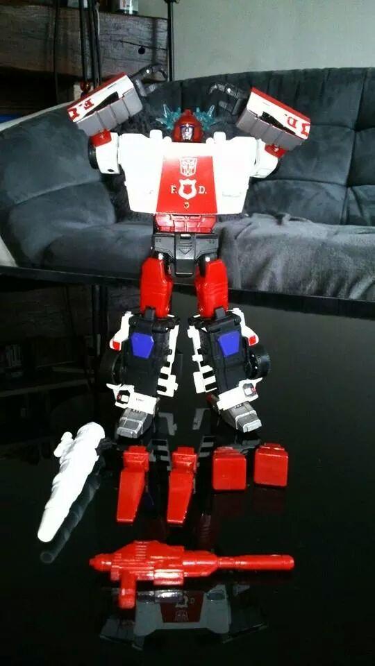 Collection Transformers de sylv1  (AOE, CHUG, TF PRIME, BH, MP, LABELS INDÉS ET G1.. ) Img_7710