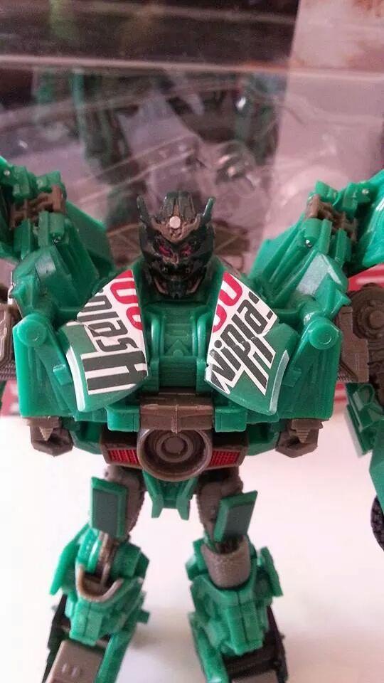 Collection Transformers de sylv1  (AOE, CHUG, TF PRIME, BH, MP, LABELS INDÉS ET G1.. ) Img_7817