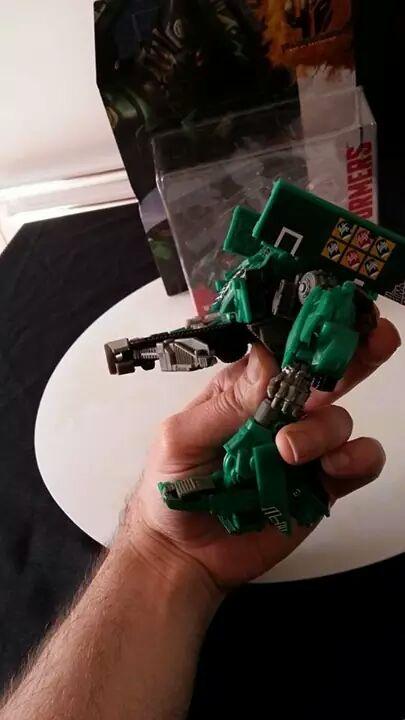 Collection Transformers de sylv1  (AOE, CHUG, TF PRIME, BH, MP, LABELS INDÉS ET G1.. ) Img_7822