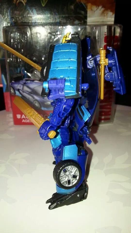 Collection Transformers de sylv1  (AOE, CHUG, TF PRIME, BH, MP, LABELS INDÉS ET G1.. ) Img_8218