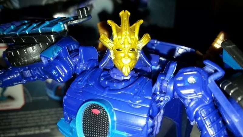 Collection Transformers de sylv1  (AOE, CHUG, TF PRIME, BH, MP, LABELS INDÉS ET G1.. ) Img_8221