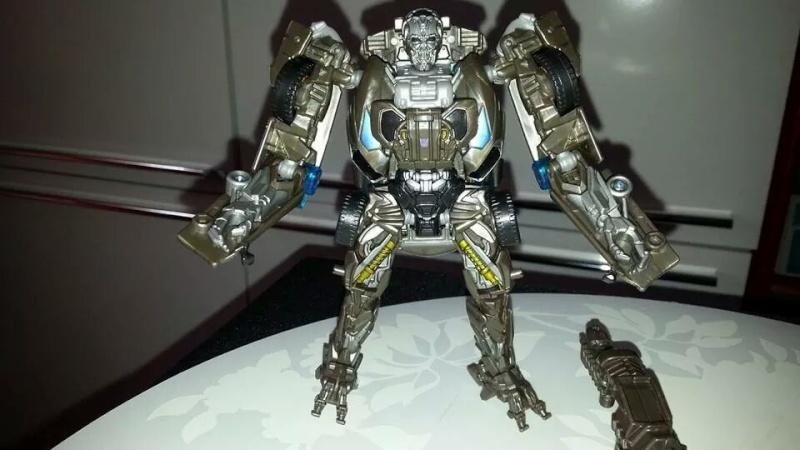 Collection Transformers de sylv1  (AOE, CHUG, TF PRIME, BH, MP, LABELS INDÉS ET G1.. ) Img_8230