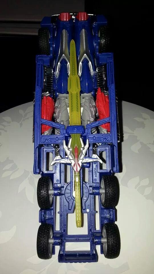 Collection Transformers de sylv1  (AOE, CHUG, TF PRIME, BH, MP, LABELS INDÉS ET G1.. ) Img_8616