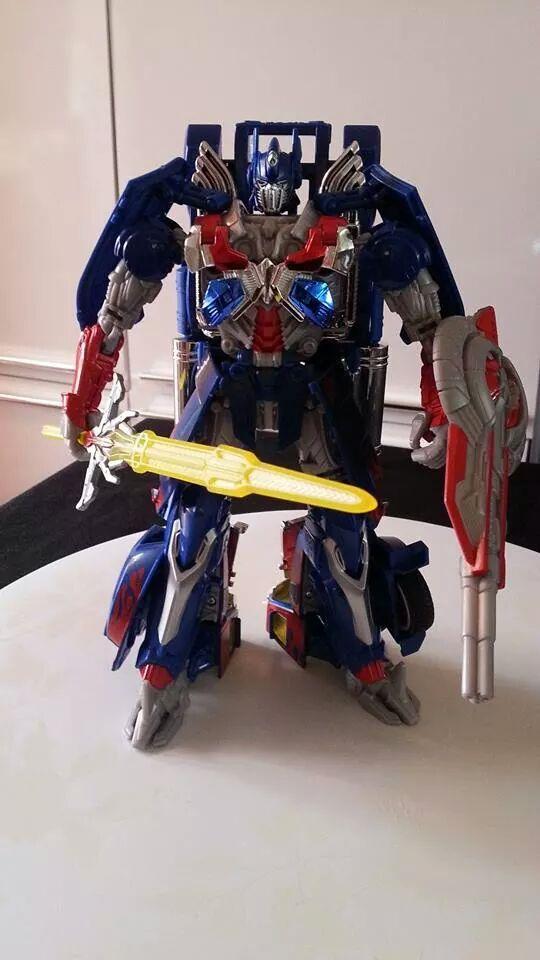 Collection Transformers de sylv1  (AOE, CHUG, TF PRIME, BH, MP, LABELS INDÉS ET G1.. ) Img_8617