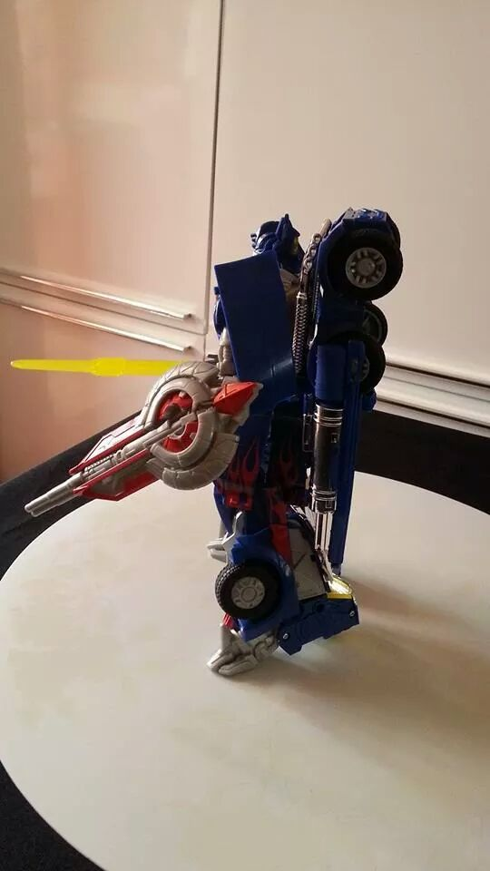 Collection Transformers de sylv1  (AOE, CHUG, TF PRIME, BH, MP, LABELS INDÉS ET G1.. ) Img_8618