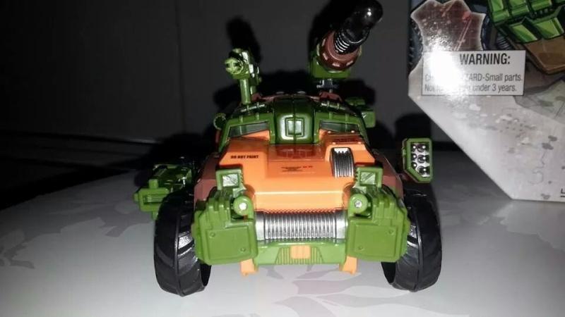 Collection Transformers de sylv1  (AOE, CHUG, TF PRIME, BH, MP, LABELS INDÉS ET G1.. ) Img_9213